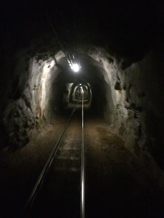 Im Tunnel der Lorenbahn